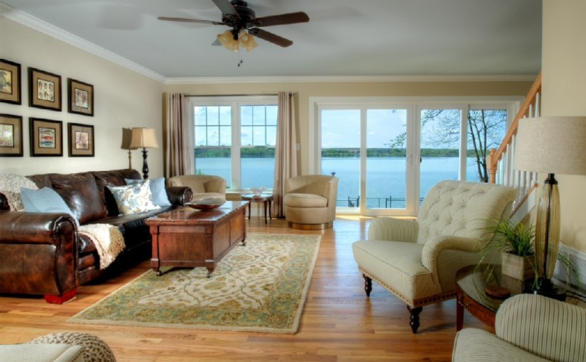 Livingroom with beautiful view of Owasco lake