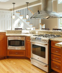 Create a home cooked meal on the stove .