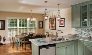 Beautiful granite countertops and dining area with seating for 10 people.