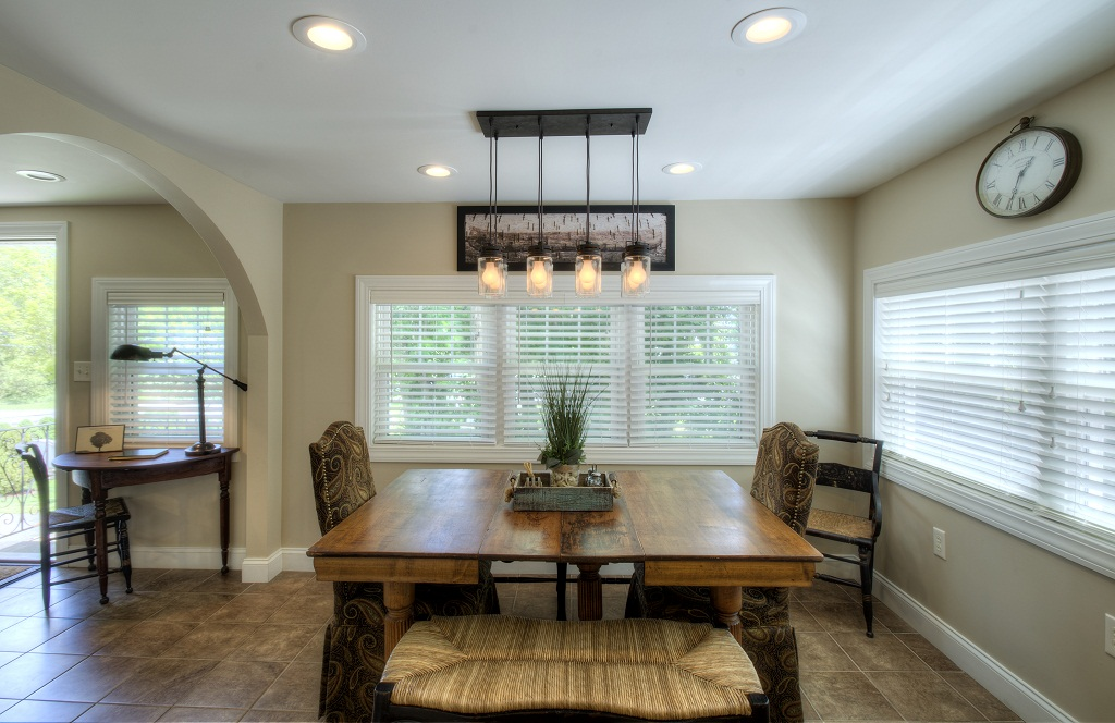 Kitchen table with seating for 6-8