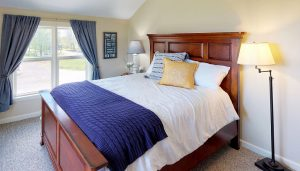 Spacious Bedroom with Queen Bed