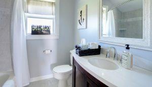 Beautiful Full Bathroom
