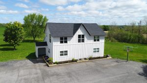 Beautiful location right on Main Street just a mile from the village!!